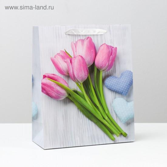 Пакет Цветы на фоне письма 26 x 32 x 12 см